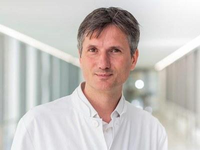 Neu an der Medizinischen Fakultät: Prof. Dr. Schmal